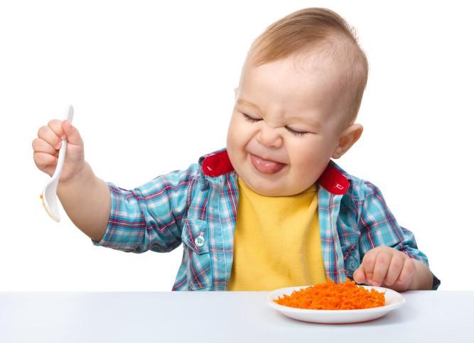 Малыш отказывается кушать морковку